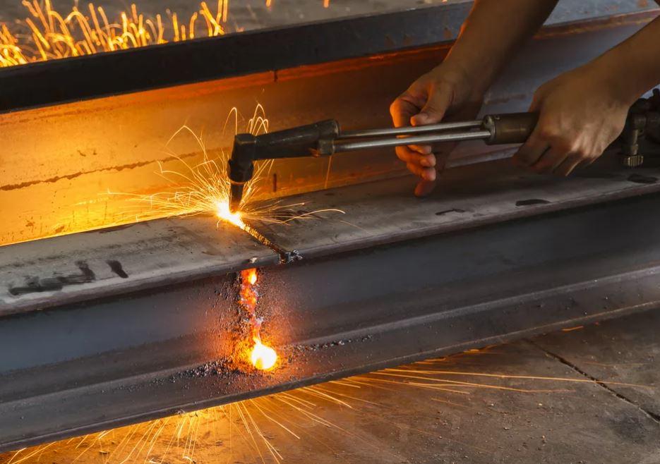 Резка металлолома
